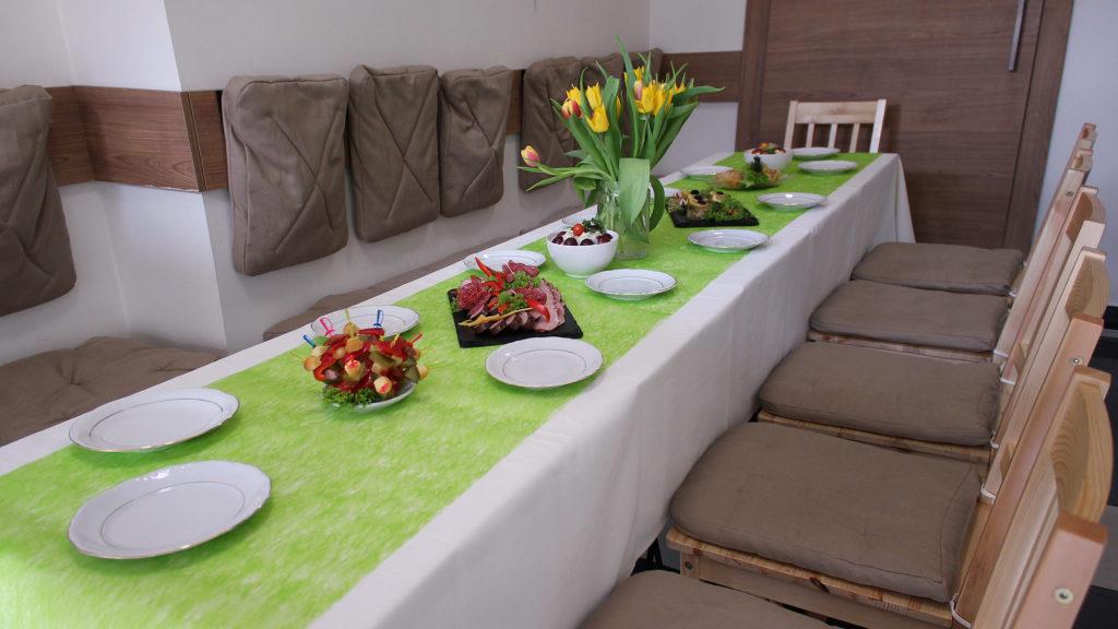 zielony talerzyk impreza